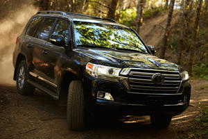 Toyota Wants To Eliminate The Land Cruiser's Best Feature