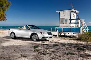 First Look: 2014 Chrysler 200 Convertible