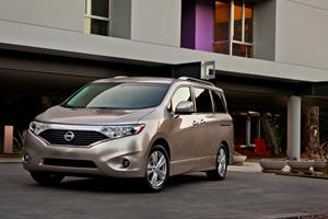 First Look: Nissan Quest