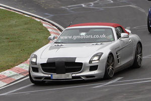 Spied: 2012 Mercedes SLS AMG Roadster at the Nurburgring