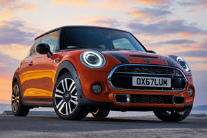 Mini Dealership Sues BMW Because It Had No Choice