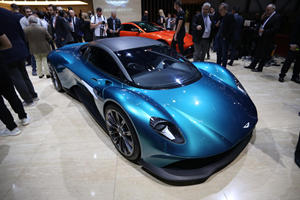 Aston Martin Vanquish Won't Be Like Any New Ferrari Or Lamborghini