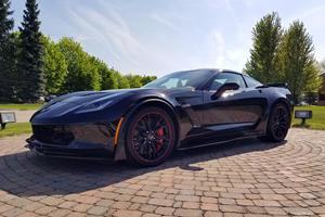 Final C7 Corvette Sold For Millions