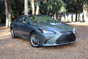 Should Lexus Offer An Entry-Level ES In The United States?