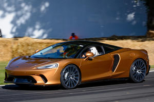 McLaren GT Looks Magnificent On The Move
