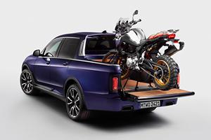 BMW X7 Transformed Into Luxury Pickup Truck