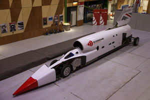 1,000-MPH Bloodhound Jet Car Wants To Smash Speed Records