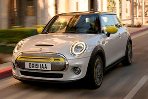 2020 Mini Cooper SE First Look Review: Small Size, Smaller Range