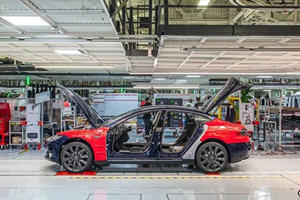 Something Mysterious Is Going On At The Tesla Factory