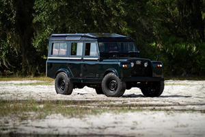 Vintage Land Rover Series IIA Now Packs A Chevy V8