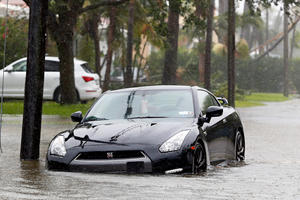How To Escape From Your Flooding Car During A Hurricane
