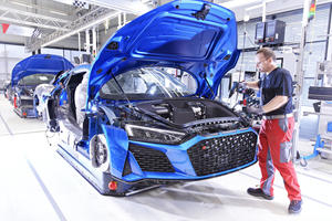 Audi R8 Factory Gears Up For New e-Tron GT
