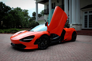 5 Reasons Why The McLaren 720S Is The Best Car In The World