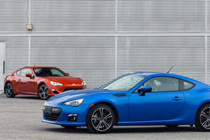 Which is Better? FR-S and BRZ Track Comparison