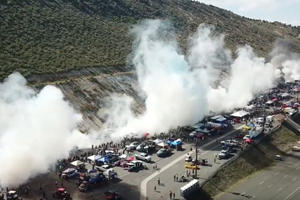 This Is What 170 Cars Doing A Burnout Looks Like