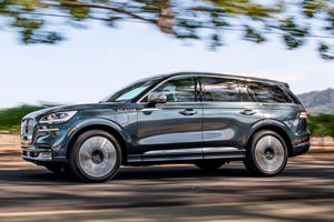 2020 Lincoln Aviator Hybrid First Drive Review: An Electric Surge