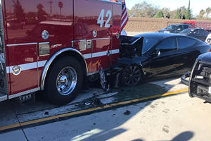 Tesla Model S Driver Was Eating And Drinking During Crash