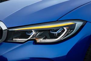 BMW 3 Series Posts Astonishing Fuel Economy Numbers