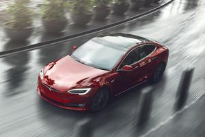 Watch The Tesla Model S Set A New Lap Record At Laguna Seca