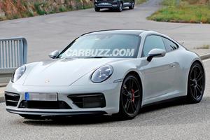 New Porsche 911 GTS Spied Completely Undisguised
