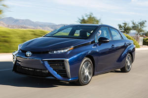 Toyota Mirai Is Getting Updated Despite Nobody Buying Them