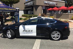 Tesla Model S Police Car Runs Out Of Juice During Hot Pursuit