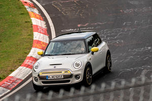 Mini Cooper SE Coolest Feature Showcased At The Nurburgring