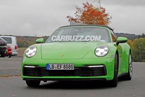 New Porsche 911 Targa Caught Practically Naked