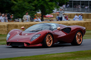 Official: De Tomaso P72 Has Over 700 HP On Tap