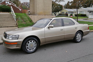 This 1993 Lexus LS 400 Is The Last Car You'll Ever Need