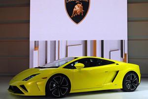Lamborghini Unveils Updated Gallardo in Paris