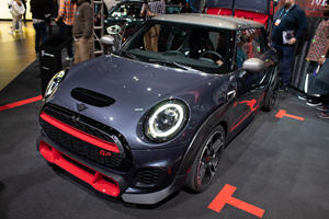 Why The Mini John Cooper Works GP Doesn't Have A Manual