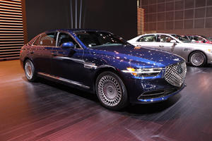 2020 Genesis G90 First Look Review: Flagship Sedan Gets Extreme Makeover
