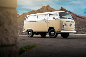 This 1972 Volkswagen Type 2 Bus Is Truly Electrifying