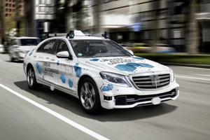 Mercedes Road Testing Robotaxis In The US