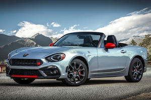Italians Get Fiat 124 Spider's Future All Wrong