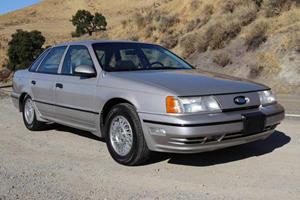 Weekly Treasure: 1989 Ford Taurus SHO