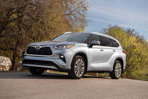 2020 Toyota Highlander Arrives As The Fuel Economy King