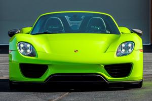 Porsche 918 Spyder Is An Eye-Popping Acid Green One-Off