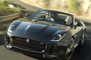 Jaguar F-Type Debuts in Paris