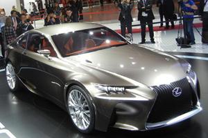 Lexus LF-CC Concept Debuts in Paris
