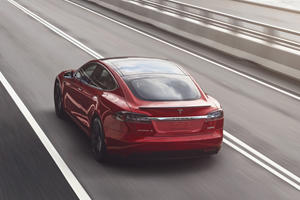Autopilot Might Have Caused Another Deadly Tesla Crash