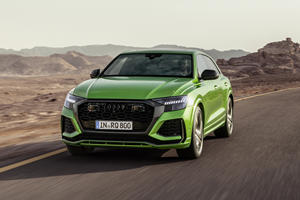 Watch The Audi RS Q8 Go Flat Out On The Autobahn