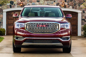There Are Some Sweet 2019 GMC Acadia Discounts This Month