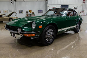 This Perfect 1971 Datsun Z-Car Just Sold For Ferrari Money