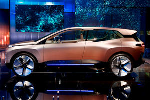 BMW Develops Advanced Hi-Tech Glass Windows