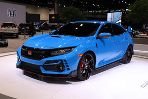 2020 Honda Civic Type R Arrives In Chicago With Outrageous New Color
