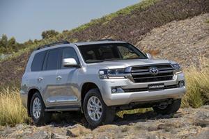 Toyota Land Cruiser 200 Sahara Horizon Limited To 400 Examples