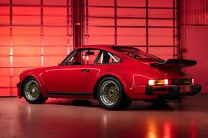 First Porsche 934 Ever Made Is A Million-Dollar Masterpiece