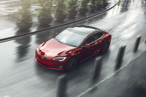Tesla Forces Software Updates On Owners